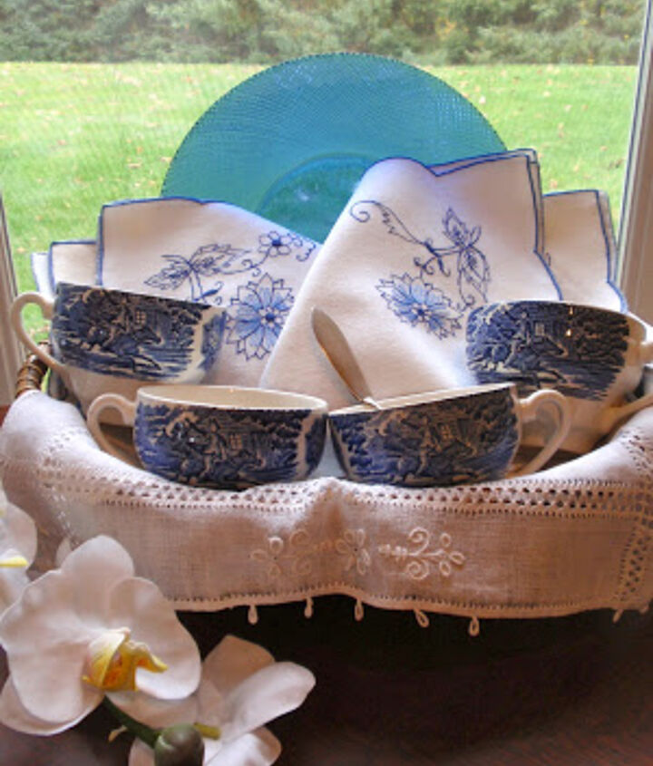 Lovely blue and white china from:  http://heleneslegacy.blogspot.com/2013/04/whats-new-in-shop.html