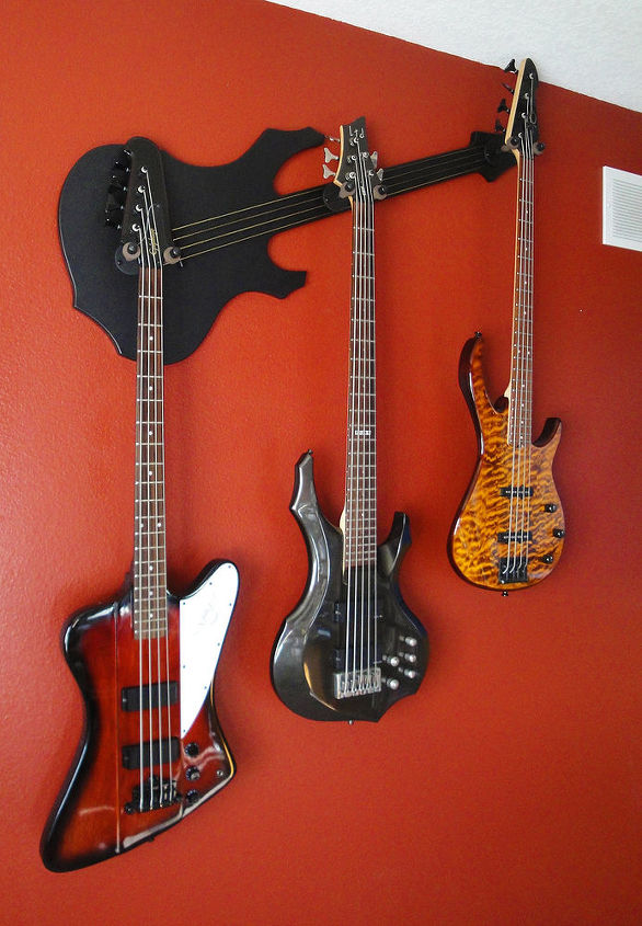using your wall axe multi guitar hanger, home decor, Wall Axe Bugsey LX Multi Guitar Hanger
