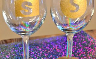 monogrammed sparkled wine glasses, crafts, seasonal holiday decor, Paint around the base for added glitz 14K gold sparkle