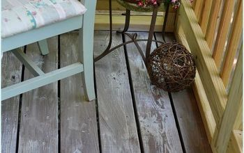White Washing & Distressing Porch Floor!