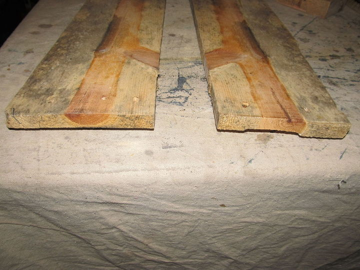 q help beauty in pallet wood 2 what to do, The one on the right has a minor split starting which is easily corrected