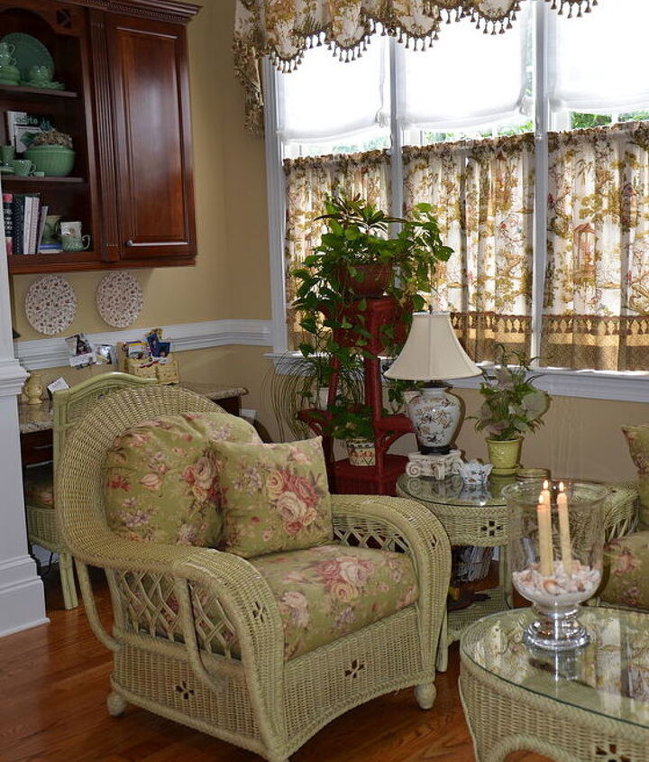 my sunroom my favorite room that inspires me and makes me happy, entertainment rec rooms, home decor, painted furniture