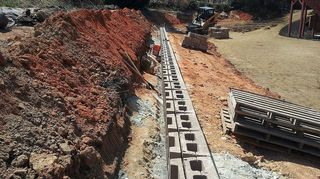 q cheapest way to make a large retaining wall, concrete masonry, landscape, outdoor living