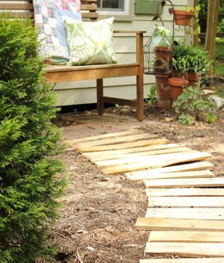 garden path from pallets, diy, gardening, outdoor living, pallet, repurposing upcycling