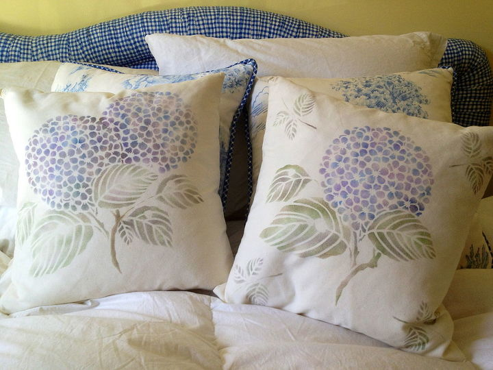 summer hydrangea love, bedroom ideas, home decor, Touch of summer blooms