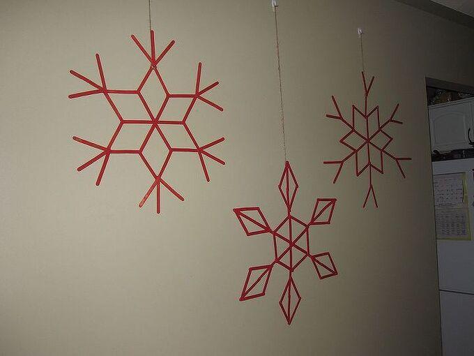 popsicle stick snowflakes, crafts, seasonal holiday decor