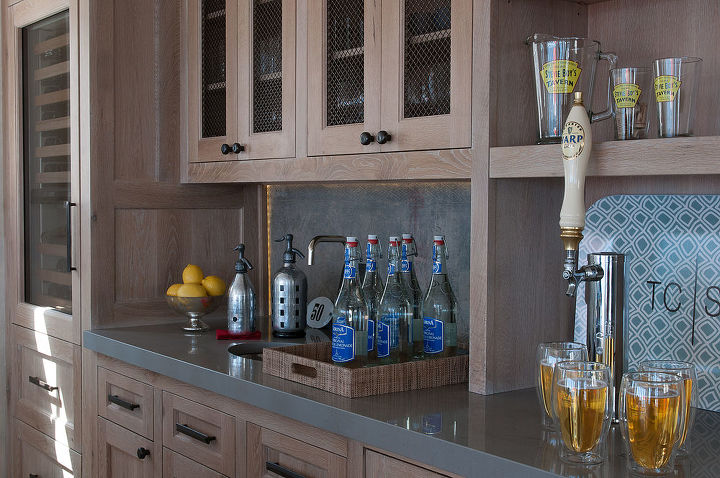 Close up of wet bar - The first level was remodeled to include a foyer, a mudroom, a powder room, a kitchen, a wet bar and an expansive space with dining, living and family/sitting areas, all custom designed by Titus Built, LLC.