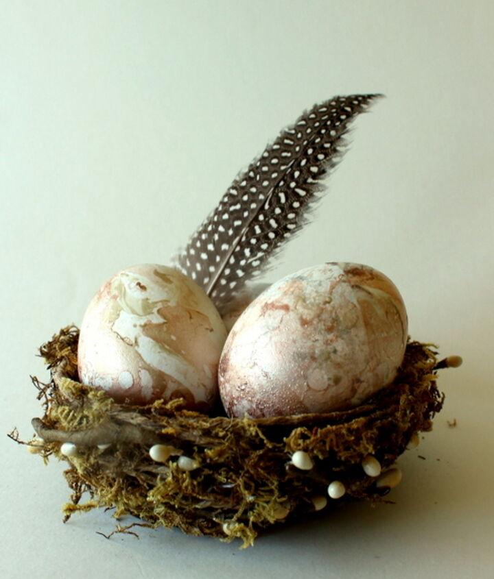 easy marbling with nail polish and water, crafts, seasonal holiday decor