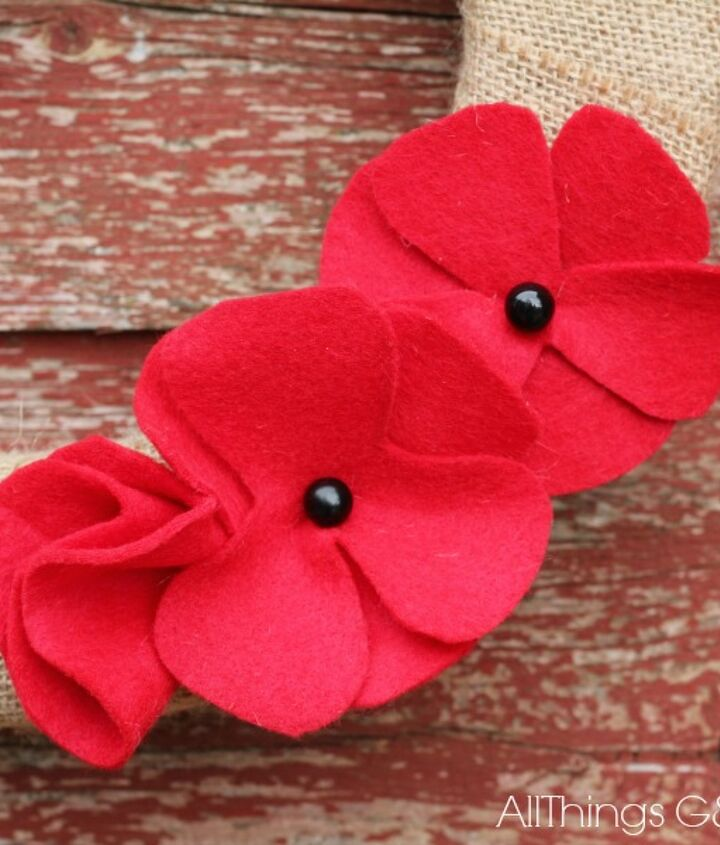 diy memorial day wreath, crafts, seasonal holiday decor, wreaths