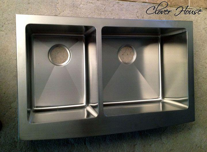 Kraus Handmade 16-Gauge Double-Basin Apron Front Stainless Steel Kitchen Sink