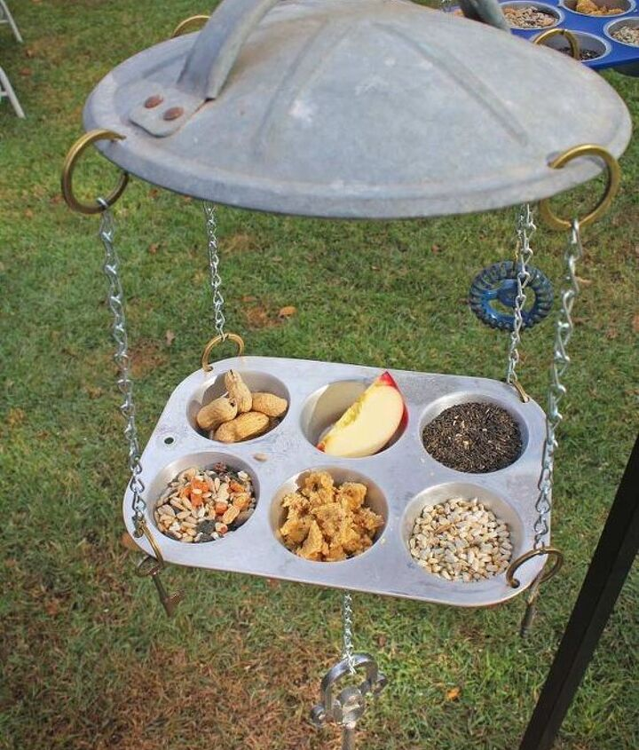 Repurposed Hillbilly Bird Feeders by GadgetSponge.com