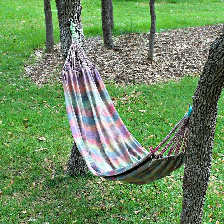 tying jungle how tree straps to a tie hammock