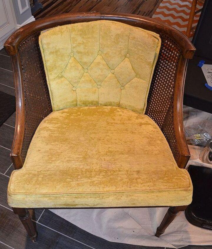Before-Beginner reupholster chair, Shabby Chalk Paint