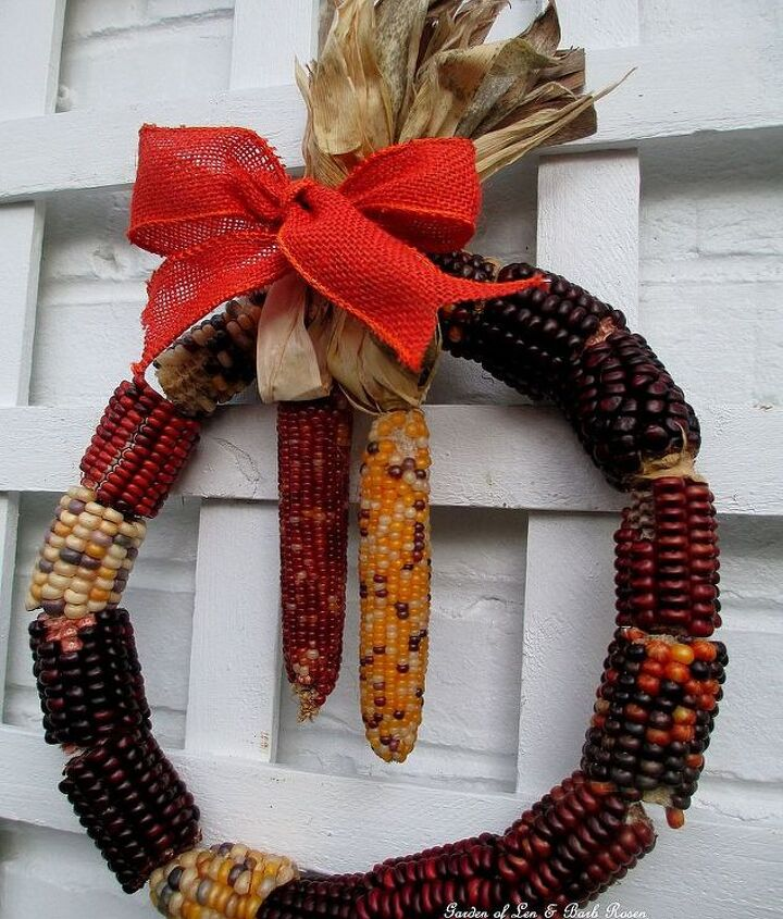 Make Your Own Corn Cob Wreath ! (a quick & easy Fall project)