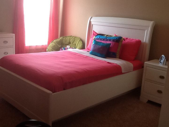 q girls white bedroom furniture, bedroom ideas, home decor, painted furniture, White sleigh bed