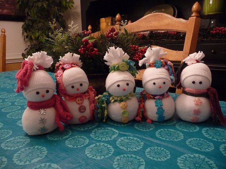 sock snowmen or snow babies as i like to call them, crafts, seasonal holiday decor