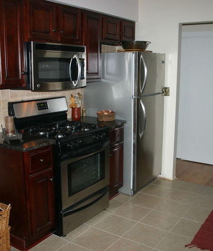 Left side kitchen