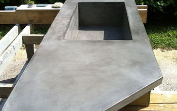 Concrete countertop with integral sink