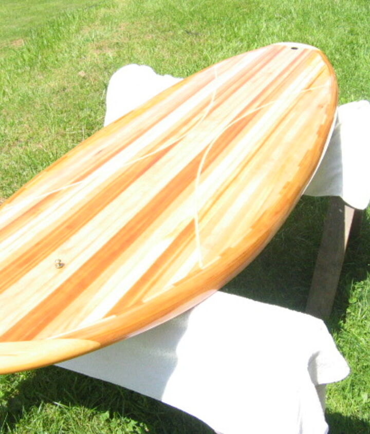 """6'8"""" board  Built for speed and manuverability (sp)  Weighs in at 15 lbs"""