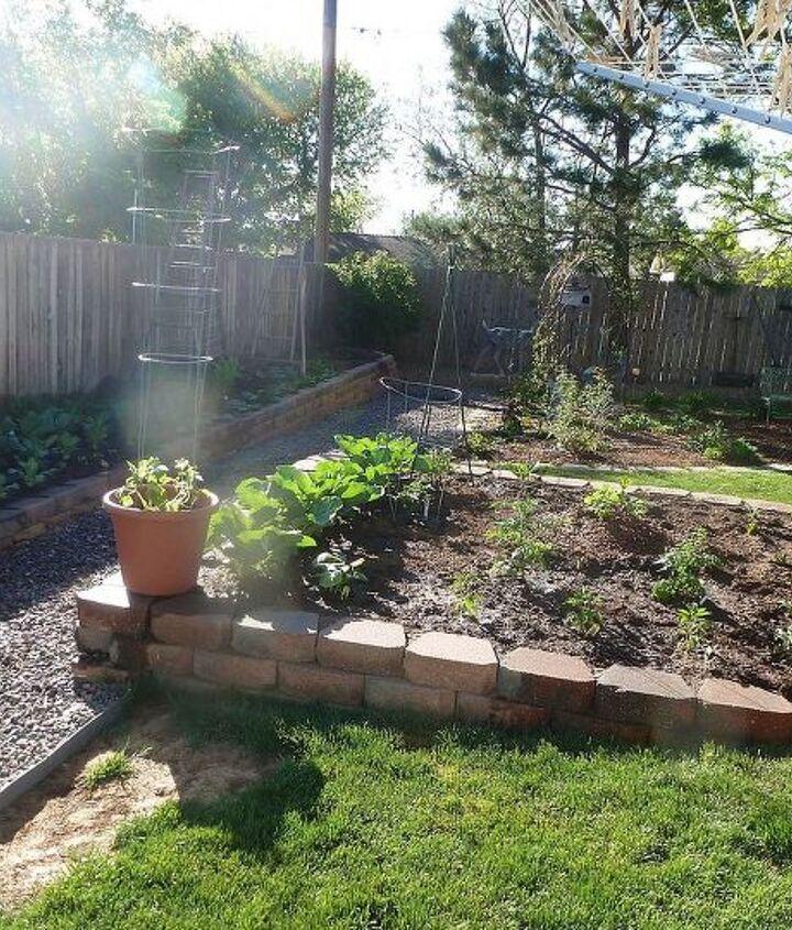 Veggies and cutting garden planted for heat veggies :)