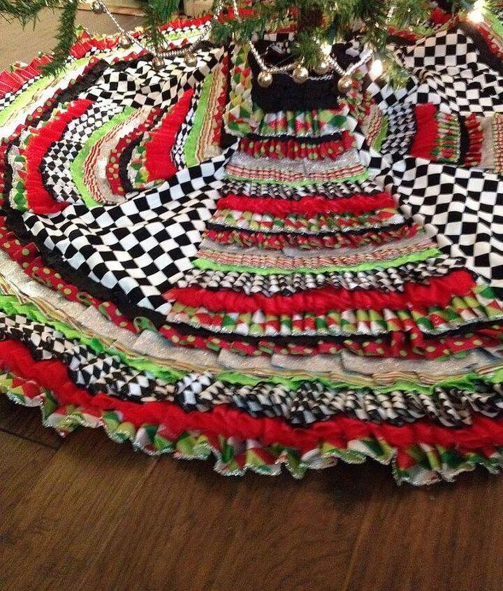 ribbon tree skirt and beaded garland measurments included, crafts, seasonal holiday decor