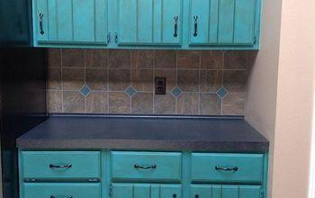 Annie Sloan Chalk Paint in my Kitchen