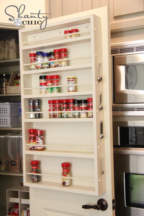 Diy pantry door spice rack hometalk diy pantry door spice rack cleaning tips closet storage ideas pantry door solutioingenieria Choice Image