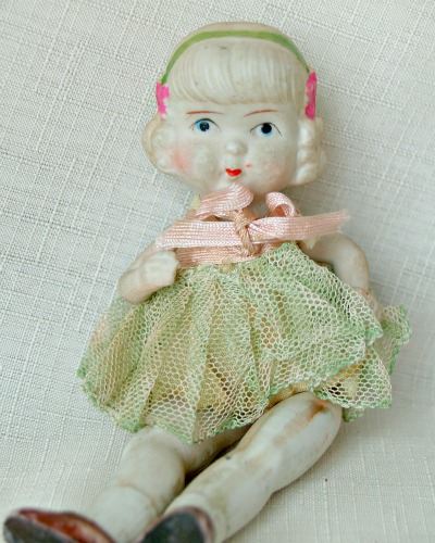 antique finds, home decor, Vintage bisque movable doll