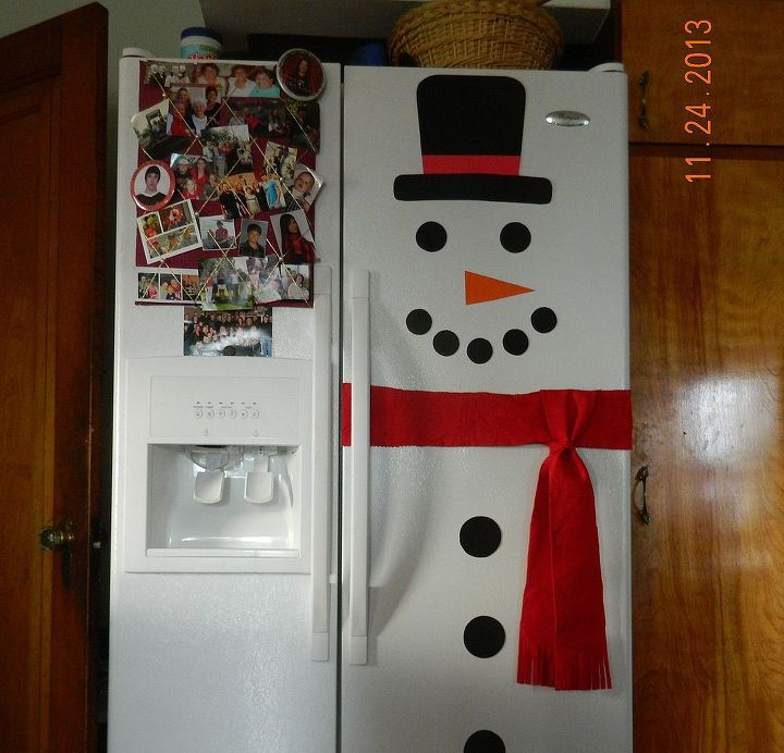 Snowman Refrigerator made with card stock, felt and magnets.