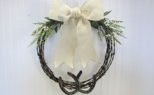 barb wire and horseshoe wreath, crafts, repurposing upcycling, seasonal holiday decor, wreaths, Barb wire wreath