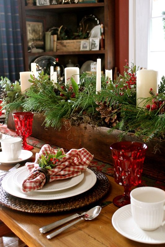 A good old fashioned southern Christmas place setting.