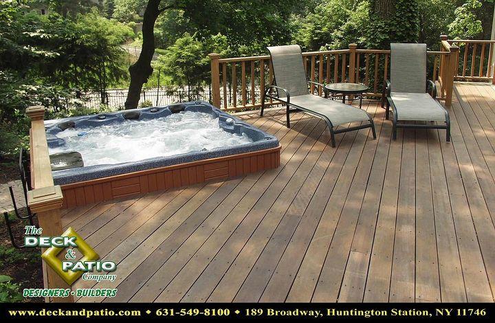 Mahogany deck and rails with Bullfrog Spa