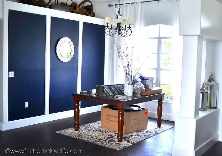 going bold navy blue dining room accent wall hometalk. Black Bedroom Furniture Sets. Home Design Ideas