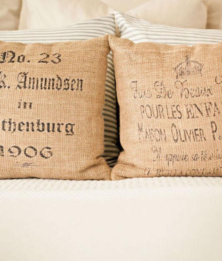 Burlap pillows...