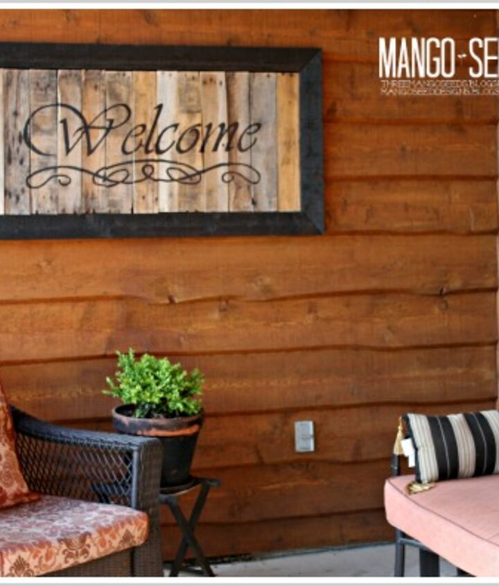 Conversation area with our DIY pallet sign.