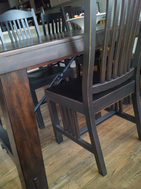 refinishing chairs to match that new cool dark pottery barn table, painted furniture
