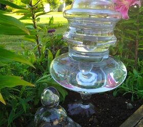 Recycled Glass Garden Art Towers, Crafts, Repurposing Upcycling, Glass  Vases And Recycled Glass