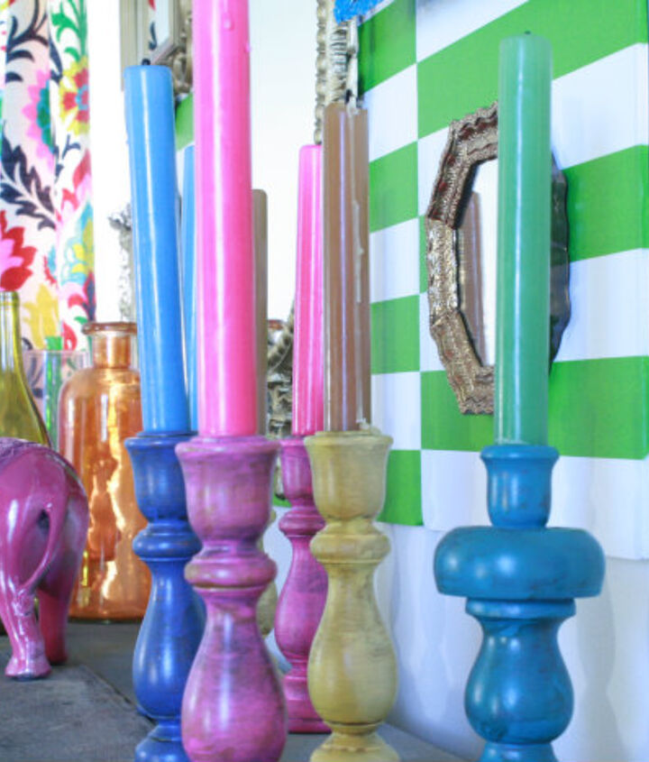 Wooden thrift store candlesticks: http://diyshowoff.com/2012/07/19/thrifty-treasure-transformation-colorful-candlesticks/