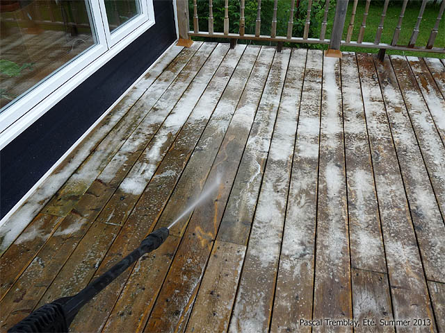 Clean Deck How To Clean Deck With Wood Cleaner And