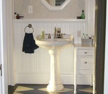 restored victorian farmhouse bathroom, bathroom ideas, home decor, home improvement, Restored Original Beadboard trim and mouldings