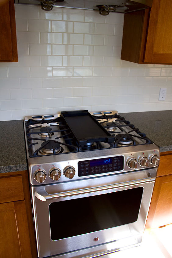 The GE Cafe gas range was a much needed upgrade for our culinary clients.