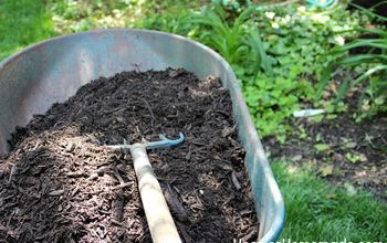 Organic or Inorganic Mulch? How Much Do You Buy? We Have Answers.