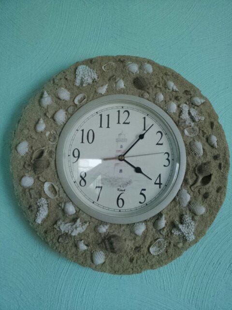 q want to make this clock frame anyone have ideas on how to make it, crafts