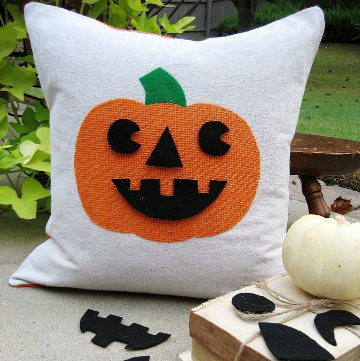 jack o lantern pillow with interchangeable faces my latest creation with the, crafts, halloween decorations, home decor, Easy to make Jack o lantern pillow with interchangeable faces fun
