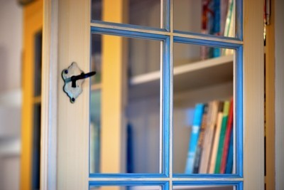 there are two sides to every door use them, cleaning tips