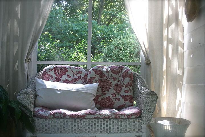 Sunroom seating