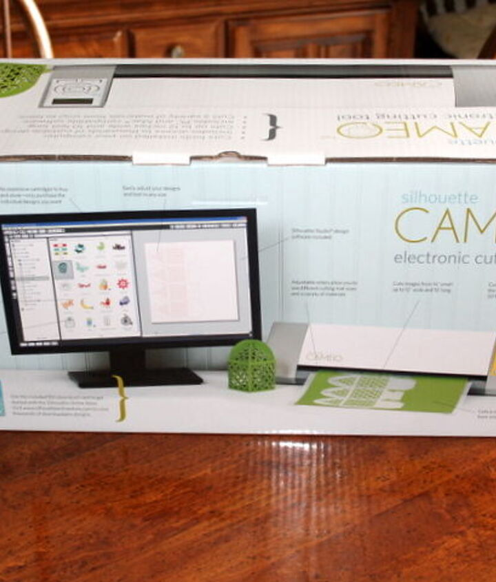 My Silhouette Cameo, Yea! Now I have to learn how to use it!