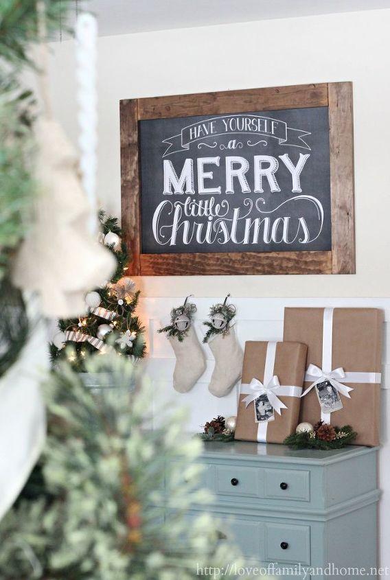 christmas vignette, seasonal holiday d cor