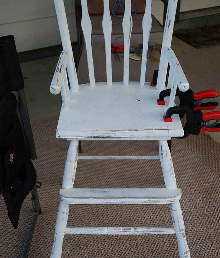 q any suggestions for painting these two chairs, painted furniture