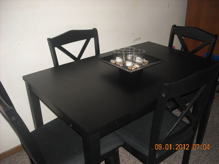My new dining set & center piece.  :)